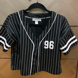 Cute cropped baseball tees